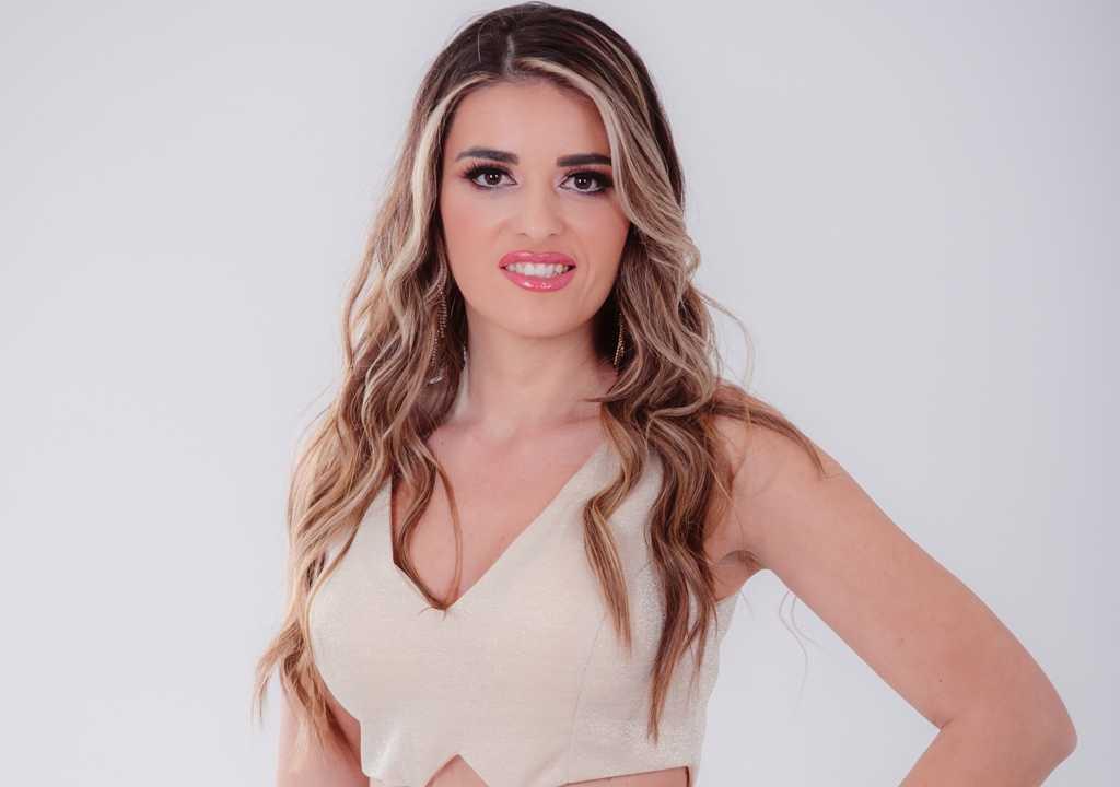 Vokalna solistkinja Radio Televizije Srbije obradovala publiku novom pesmom!