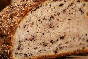 RECEPT DANA: Hleb sa orasima