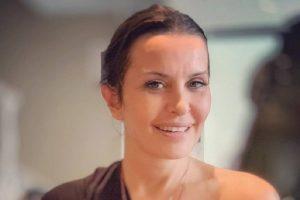 """ELENA KARIĆ SE SLIKALA GOLA """"Mi smo svetlo života koje izlazi iz naših MATERICA"""""""