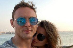 IZNAJMIO PRIVATNI AVION Srpski fudbaler dočekao rođendan u LUKSUZNOM LETOVALIŠTU sa porodicom: Intimna večera za njega i suprugu