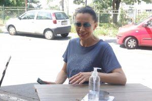 OSUŠILA SE! Romana Panić deportovana u Srbiju - prva slike iz KAFIĆA U BEOGRADU (FOTO)