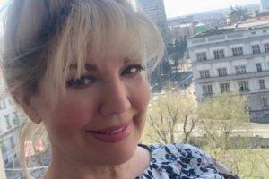 NI BOTOKS, NI OPERACIJE! Suzana Mančić gazi SEDMU deceniju, a izgleda mnogo mlađe, evo u čemu je njena tajna!