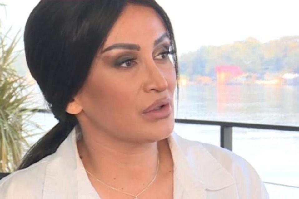 "Andreana Čekić: ""Dala sam da me pljujete ,ali ne i da me pljačkate""!"