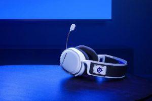 Steelseries predstavlja unapređenu verziju Arctis 7 gejming slušalica za novu generaciju PlayStation i Xbox konzola