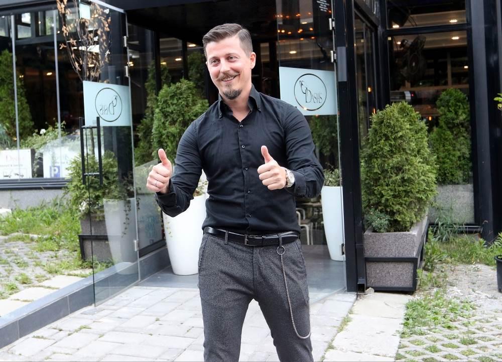FOLKER POSTAO TATA DRUGI PUT: Dinča dobio kćerkicu s lepom voditeljkom - roditelji joj dali neobično ime!