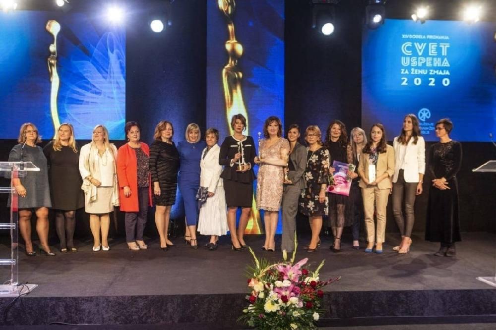 """ONE SU NAJUSPEŠNIJE PREDUZETNICE U SRBIJI: Dodeljene nagrade """"ženama zmajevima"""""""