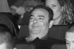 TUGA U PORODICI PEVAČA: Preminuo otac Darka Lazića, danima bio u komi!
