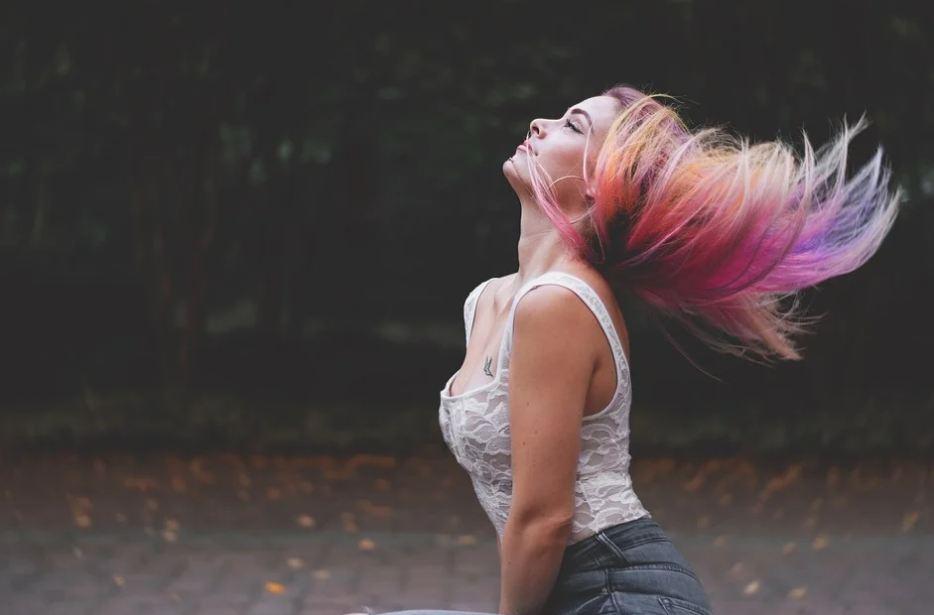 Boja kose mnogo govori o TEMPERAMENTU: Šta znači ako imate plavu, crnu ili crvenu kosu?
