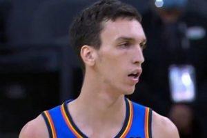 Aleksej Pokuševski zadobio potres mozga! Talentovani košarkaš udario glavom o nečije koleno!