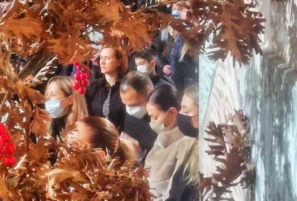 EKSKLUZIVNO: Ceca se pričesttila na liturgiji u Hramu Svetog Save!(video)