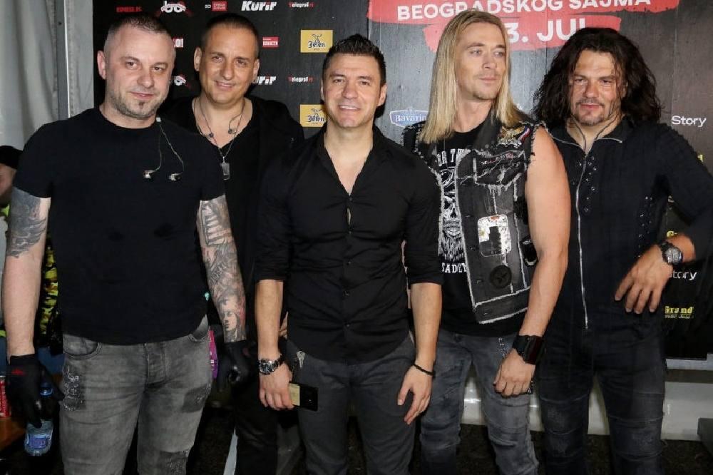 Nakon smrti bubnjara ostaju bez još jednog člana: Amadeus bend se oprašta od Milana posle 15 godina!
