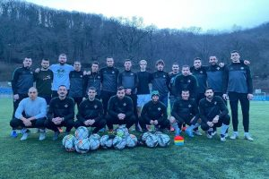 Nove lopte sa Fifa sertifikatom za fudbalere FK Miljakovac
