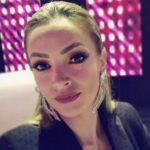 POMIRILA SE S BIVŠIM, PA DOBILI DRUGU ĆERKU: Porodila se pevačica i otkrila koje ime su dali naslednici!