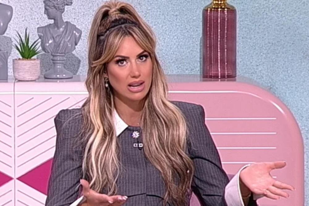 DEVOJKE SU ME TUKLE I MALTRETIRALE: Iva Grgurić priznala da se od muškaraca nije odvajala, ima TRAUME iz prošlosti!