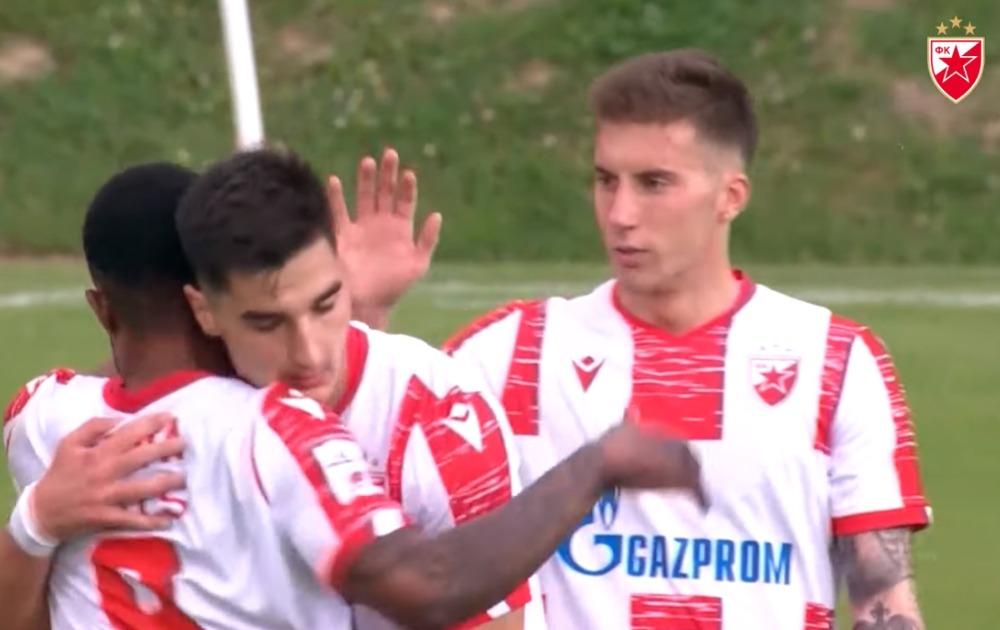 Zvezda protutnjala i kroz Bačku Palanku, dala četiri gola u prvom poluvremenu