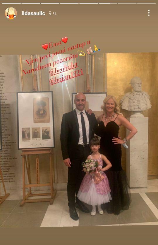 Ilda Šaulić sa suprugom Bojanom Vučkovićem prisustvovala prvom javnom nastupu ćerkice Eme