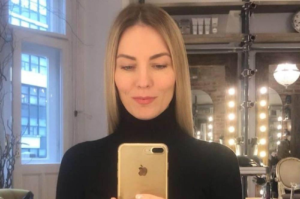 """U SRBIJI AKO IMAŠ VANBRAČNO DETE DOBIJEŠ ETIKETU: Kalina Kovačević je srećna sa dve ćerke i """"bez papira"""""""