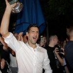 Ovako je Novak sinoć slavio: GRMELI trubači, pa usledio veliki vatromet!