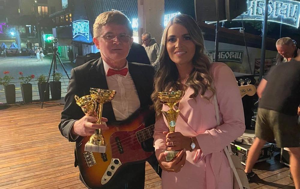 Svi su glasali za Milenu! Poznata umetnica pobedila i osvojila nagrade!