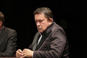 PREMINUO MILAN LANE GUTOVIĆ: Legendarni glumac izgubio bitku sa bolešću!