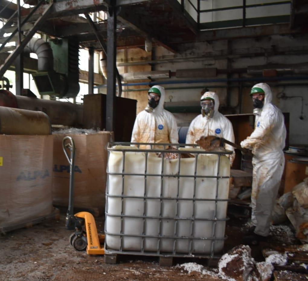 Vujović: Čistimo 200 tona istorijskog opasnog otpada iz HINS-a